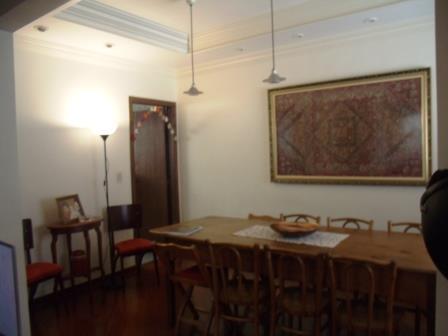 Casa geminada no Esplanada - 1823
