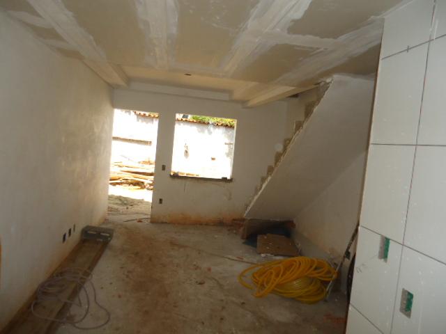 Casa geminada no S�o Jo�o Batista - 6386