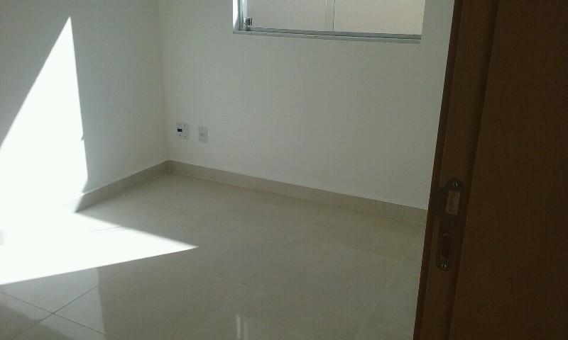 Apartamento no São João Batista - 7243