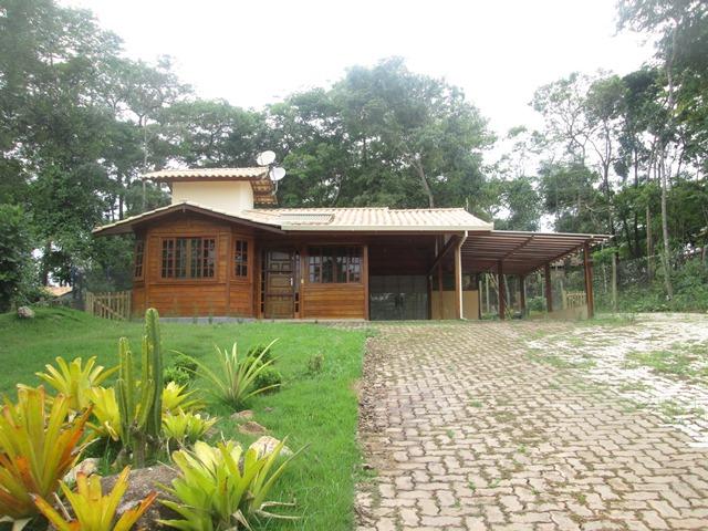 Casa no Cond. Quintas Do Brumado - 2636