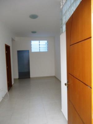 Apartamento com área privativa no Jardim Alvorada - 694