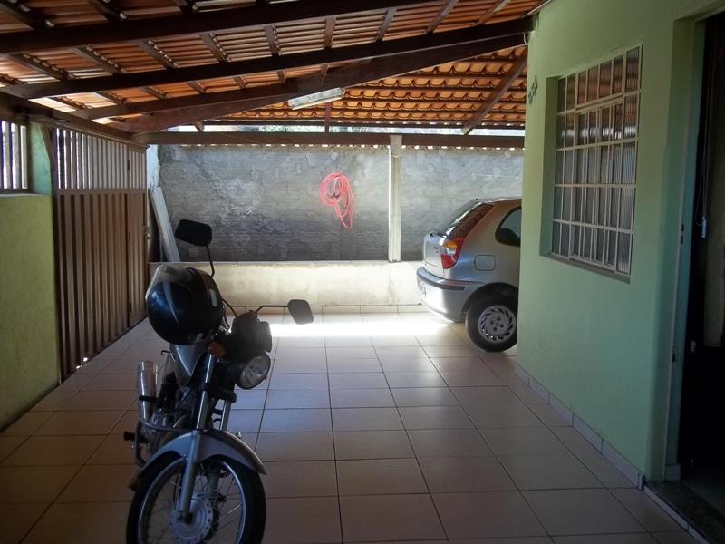 Casa / Nossa Senhora Das Graças / Divinópolis