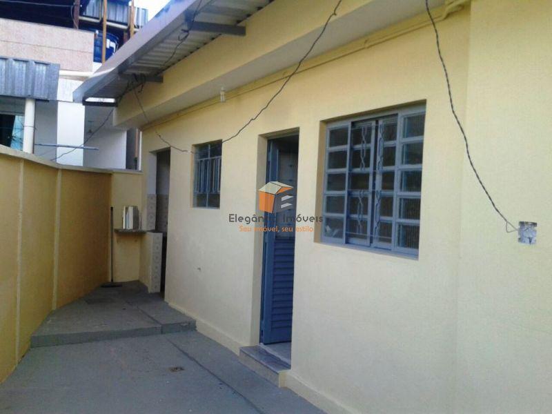 Barracão - Maria Goretti - Belo Horizonte - R$  590,00