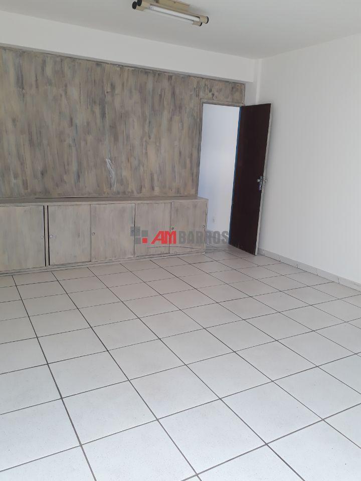 Sala - Funcionários - Belo Horizonte - R$  100.000,00