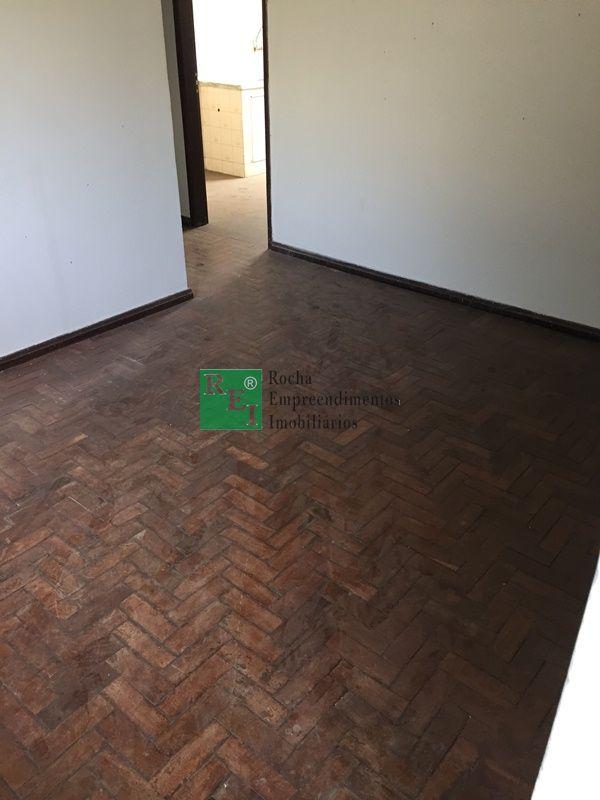 Apartamento - Planalto - Belo Horizonte - R$  950,00