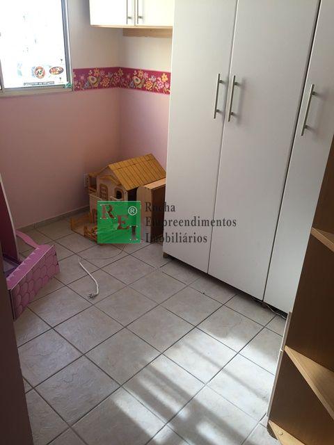 Apartamento - São João Batista - Belo Horizonte - R$  880,00