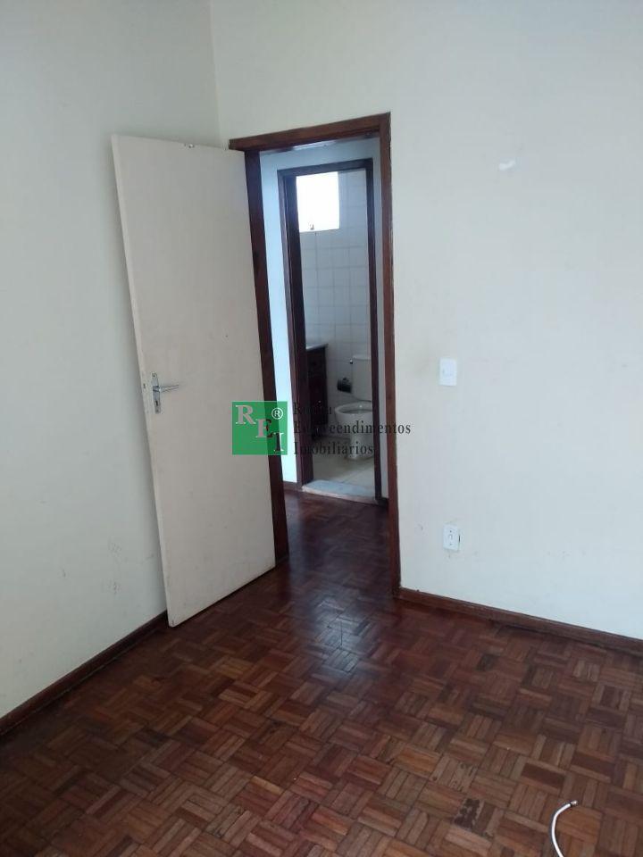 Apartamento - São João Batista - Belo Horizonte - R$  750,00