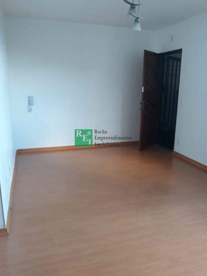 Apartamento - São Francisco - Belo Horizonte - R$  900,00