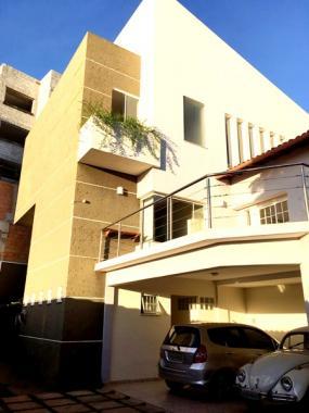 Casa   Fernão Dias (Belo Horizonte)   R$  1.350.000,00