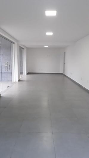 Sala   Dona Julieta (São Domingos Do Prata)   R$  900,00
