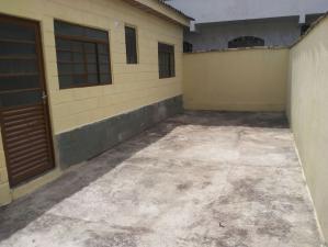 Casa   Bonsucesso (Belo Horizonte)   R$  450,00