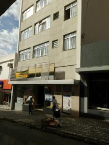 Apartamento   Centro (Varginha)   R$  900,00