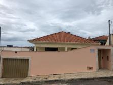 Casa   Jardim Atlântico Sul (Varginha)   R$  1.850,00
