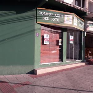 Loja   Laranjeiras (Serra)   R$  3.505,00