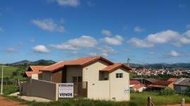 Casa   Bairro Nossa Senhora De Fátima (Borda Da Mata)   R$  135.000,00