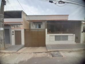 Casa   Bom Pastor (Varginha)   R$  650,00