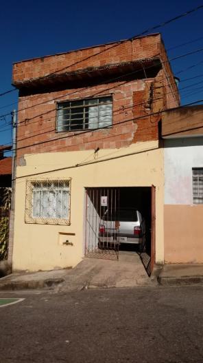 Casa   Bom Pastor (Varginha)   R$  180.000,00