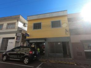 Casa   Centro (Varginha)   R$  1.200,00