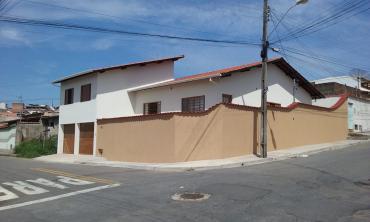 Casa   Parque Urupês (Varginha)   R$  480.000,00