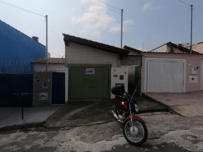Casa   São Lucas (Varginha)   R$  700,00