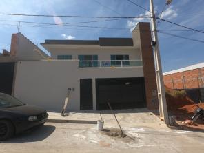 Casa   Residencial Alto Pinheiros (Varginha)   R$  1.400,00