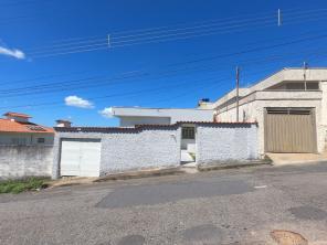 Casa   Bom Pastor (Varginha)   R$  950,00