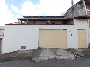 Casa   Vila Andere I (Varginha)   R$  490.000,00