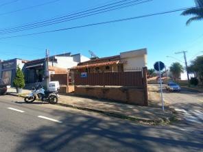 Casa   Pinheiros (Varginha)   R$  230.000,00