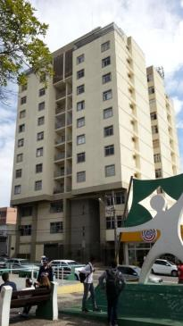 Apartamento   Centro (Varginha)   R$  480.000,00