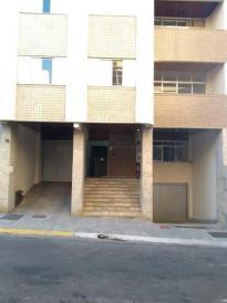 Apartamento   Centro (Varginha)   R$  1.100,00