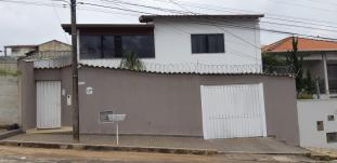 Casa   Rezende (Varginha)   R$  850.000,00