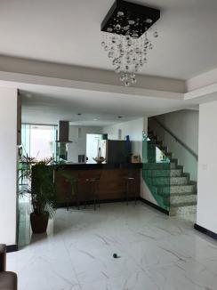 Casa geminada   Ana Lúcia (Sabará)   R$  770.000,00