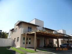 Casa   Centro (Contagem)   R$  790.000,00