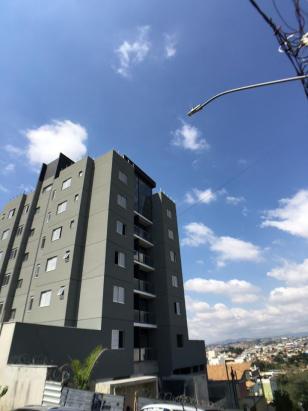 Área privativa   Cabral (Contagem)   R$  470.820,77