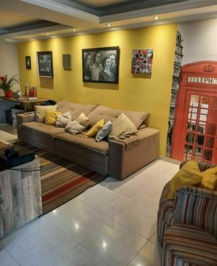Casa   Cabral (Contagem)   R$  650.000,00
