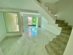 Casa geminada   Cabral (Contagem)   R$  780.000,00