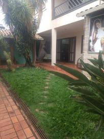 Casa   Eldorado (Contagem)   R$ 1.800.000,00