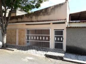 Casa   Pio XII (São João Del Rei)   R$  750,00