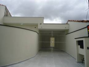 Casa   Centro (Mogi Das Cruzes)   R$  2.000,00