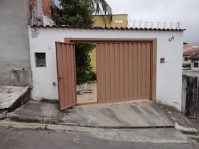 Casa   Mogi Moderno (Mogi Das Cruzes)   R$  1.350,00