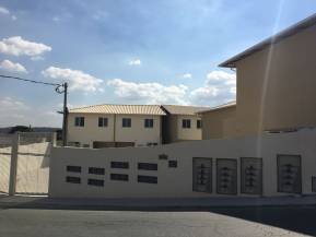 Casa geminada   Centro (Santa Luzia)   R$  170.000,00