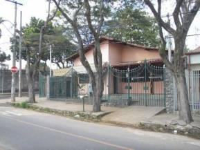 Casa   Jaragu� (Belo Horizonte)   R$  3.000,00