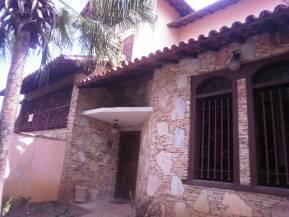 Casa   Aeroporto (Belo Horizonte)   R$  1.200.000,00