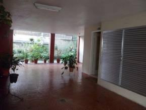 Apartamento   Laranjeiras (Rio De Janeiro)   R$  1.500,00