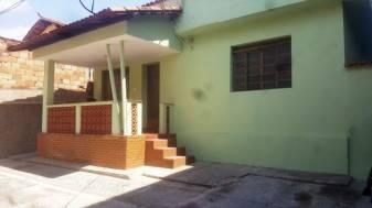 Casa   Novo Riacho (Contagem)   R$  1.200,00