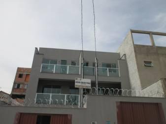 Casa geminada   Cabral (Contagem)   R$  375.000,00
