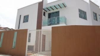 Casa geminada   Icaivera (Contagem)   R$  229.000,00