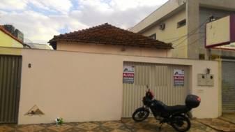 Casa   Nossa Senhora Aparecida (Uberlândia)   R$  830,00