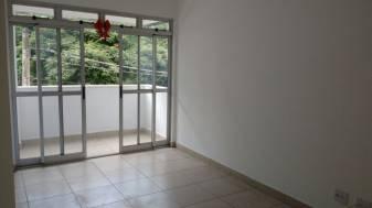 Apartamento   Fernão Dias (Belo Horizonte)   R$  1.300,00