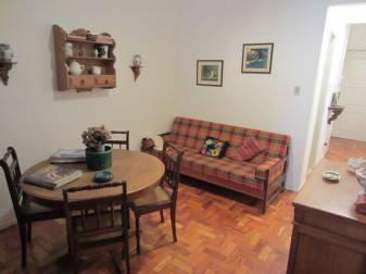 Apartamento   Centro (Caxambu)   R$  680,00